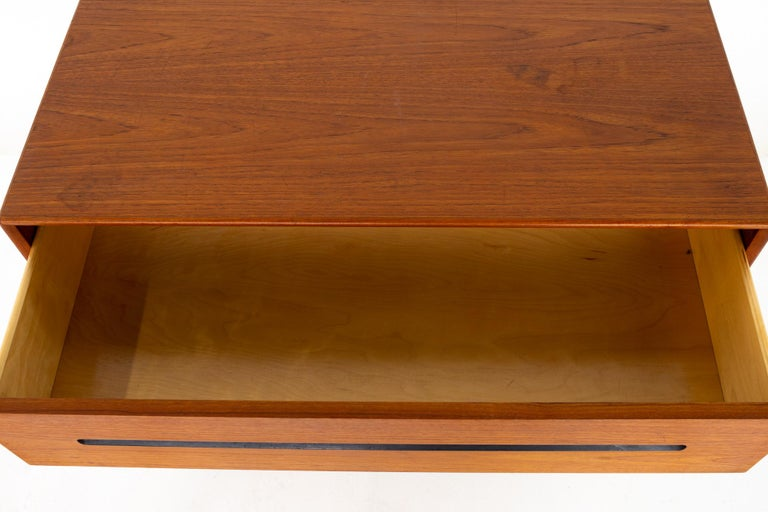 Westnofa Mid Century Teak 3 Drawer Dresser Chest - Pair For Sale 5