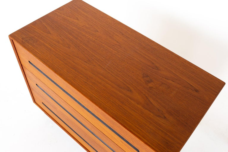 Westnofa Mid Century Teak 3 Drawer Dresser Chest - Pair For Sale 2