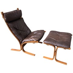 Westnofa Siesta Leather Lounge Chair and Ottoman designed by Ingmar Relling
