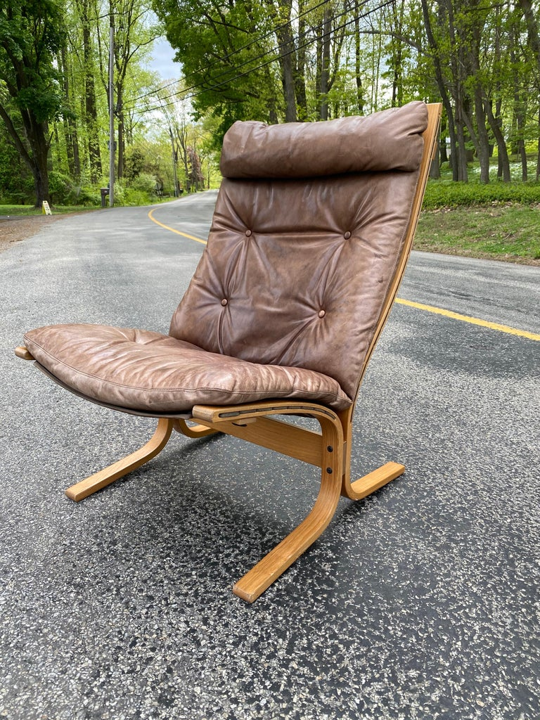 Westnofa Siesta Norway Leather Lounge Chair designed by Ingmar Relling For Sale 3