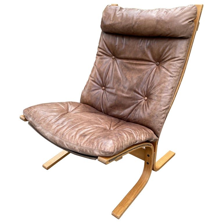 Westnofa Siesta Norway Leather Lounge Chair designed by Ingmar Relling For Sale