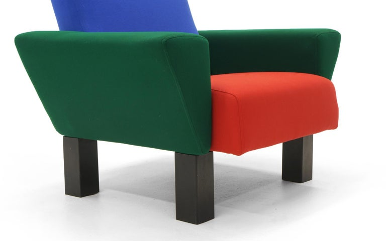 Italian Westside Lounge Chair by Ettore Sottsass for Knoll, 1983, Expertly Reupholstered For Sale