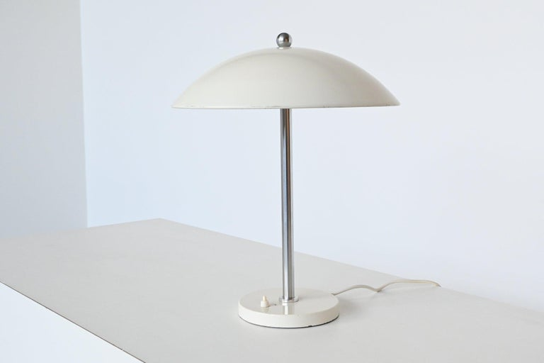 Mid-Century Modern W.H. Gispen White Mushroom Table Lamp Gispen, The Netherlands, 1950 For Sale