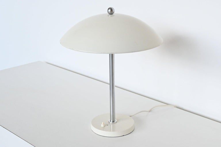 W.H. Gispen White Mushroom Table Lamp Gispen, The Netherlands, 1950 In Good Condition For Sale In Etten-Leur, NL