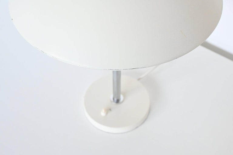 Mid-20th Century W.H. Gispen White Mushroom Table Lamp Gispen, The Netherlands, 1950 For Sale
