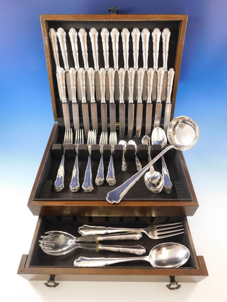 Gorgeous Savoy Italian Italy 800 sterling silver flatware set, 77 pieces. This set includes:  12 dinner size knives, 9 3/4