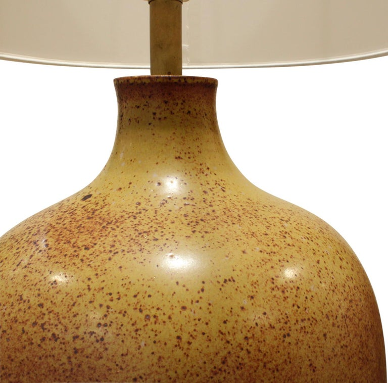 Large studio made ceramic table lamp with complex speckled glaze by David Cressey, American 1960s. This is an exceptional example of his work.  Shade diameter: 15 inches.
