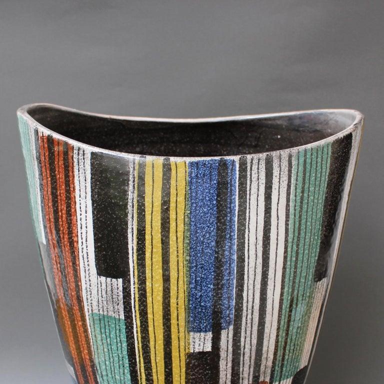 Very Large Midcentury Italian Ceramic Vase, circa 1950s For Sale 1