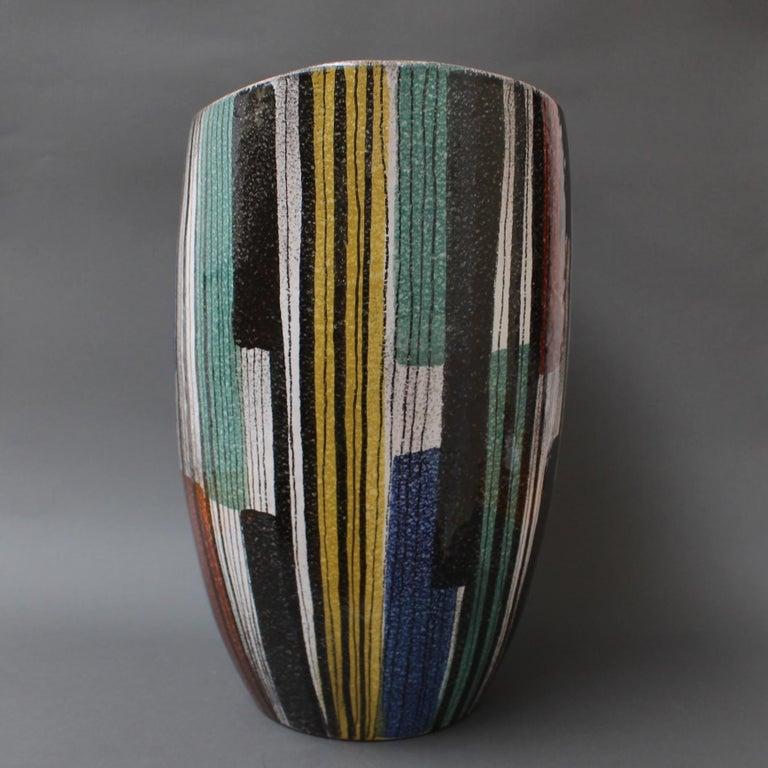 Very Large Midcentury Italian Ceramic Vase, circa 1950s For Sale 4
