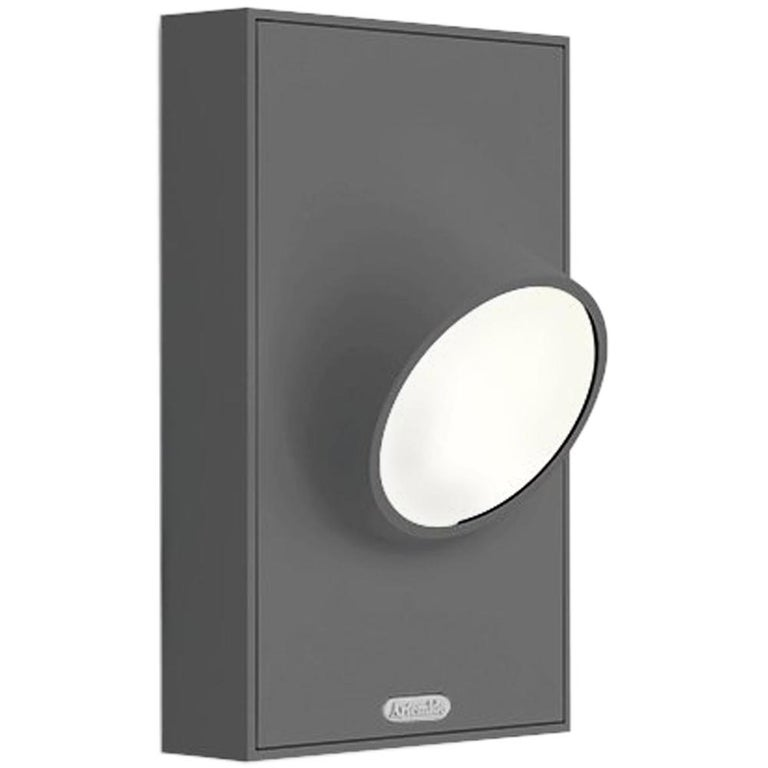 Artemide Ciclope Wall Light in Gray by Alessandro Pedretti For Sale