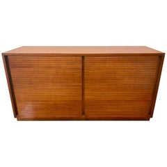 Mid-Century Modern Frank Lloyd Wright Heritage Henredon Dresser Chest of Drawers