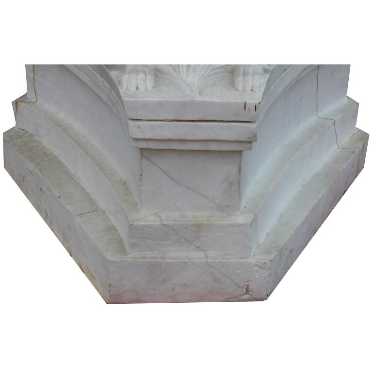 Whimsical English 19th-20th Century White Marble Figural Outdoor Dog Fountain For Sale 3