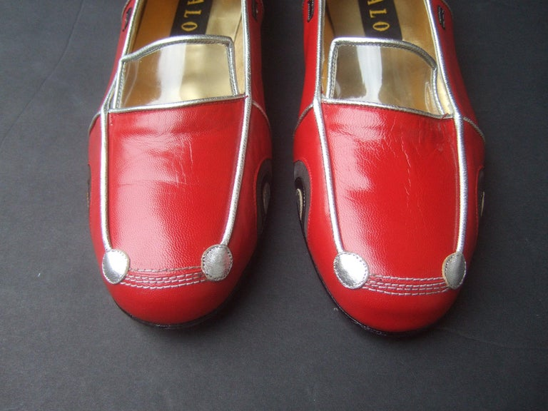 Whimsical Red Leather Sports Car Design Shoes by Zalo US Size 9 M c 1990 For Sale 8