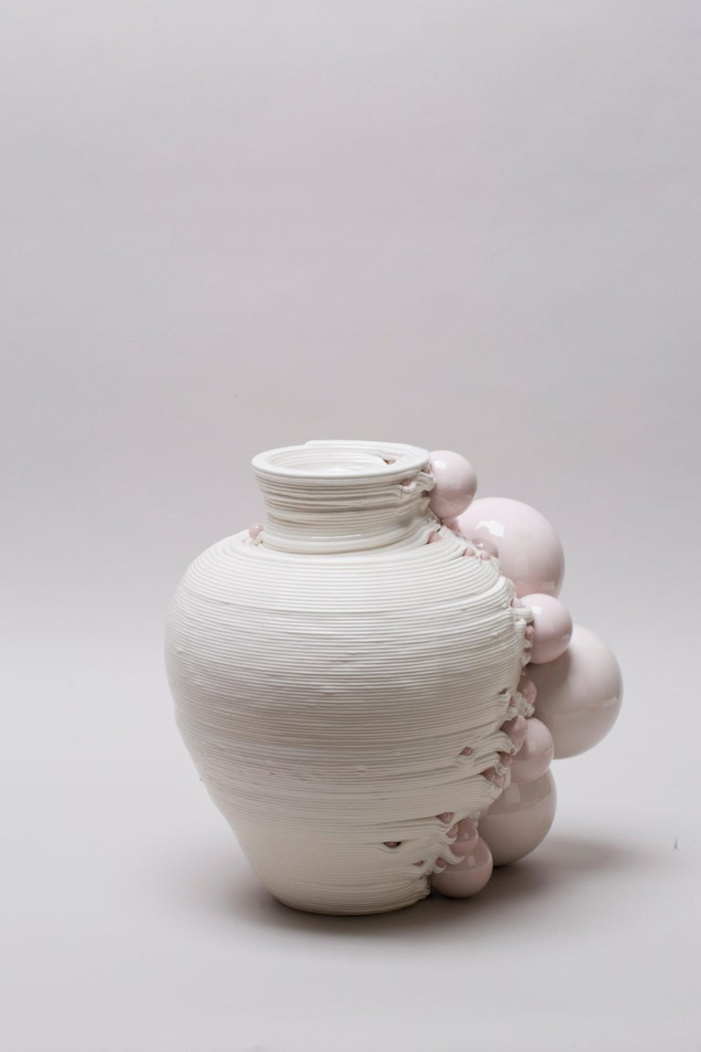 Italian White 3D Printed Ceramic Sculptural Vase Italy Contemporary, 21st Century For Sale
