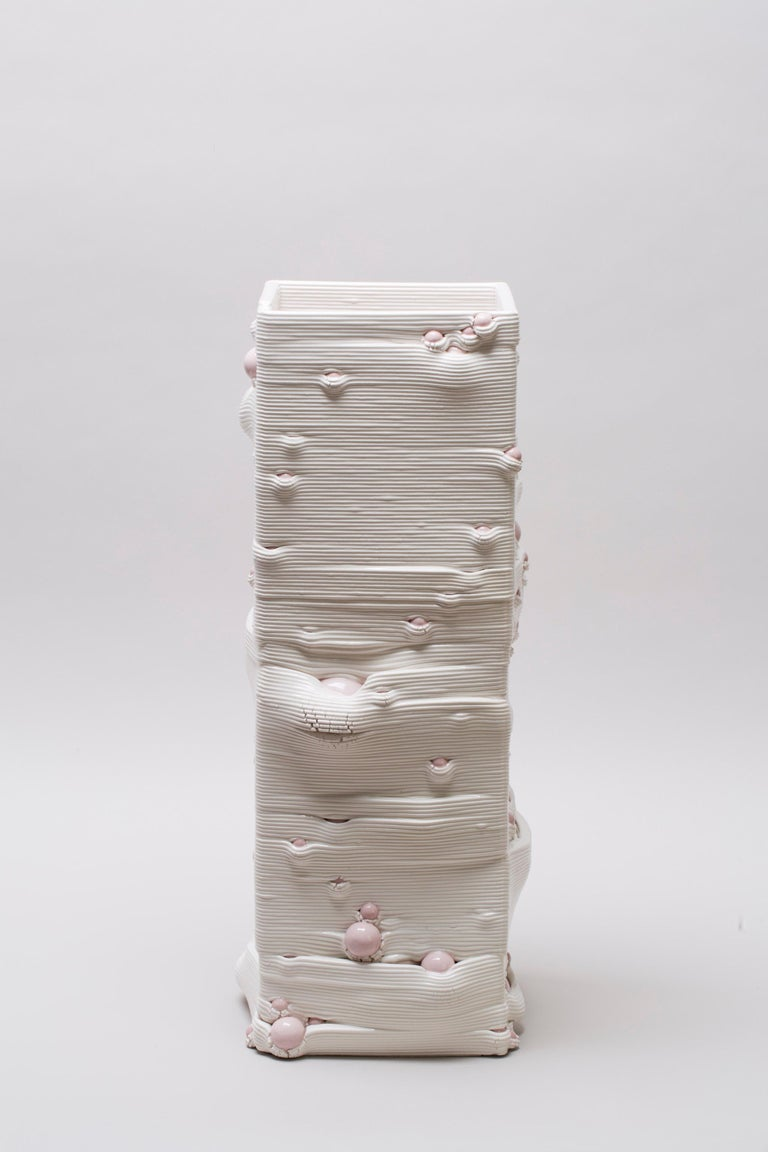 White 3D Printed Ceramic Sculptural Vase Italy Contemporary, 21st Century For Sale 10