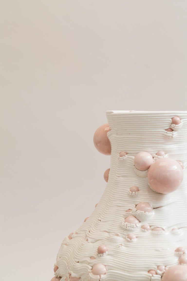 White 3D Printed Ceramic Sculptural Vase Italy Contemporary, 21st Century For Sale 11