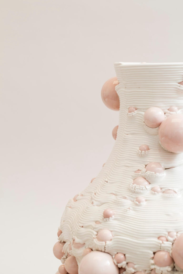 White 3D Printed Ceramic Sculptural Vase Italy Contemporary, 21st Century For Sale 13