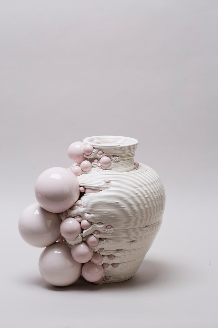 White 3D Printed Ceramic Sculptural Vase Italy Contemporary, 21st Century In New Condition For Sale In London, GB