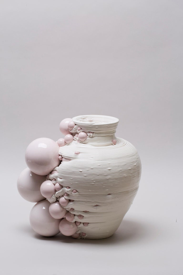 White 3D Printed Ceramic Sculptural Vase Italy Contemporary, 21st Century For Sale 7