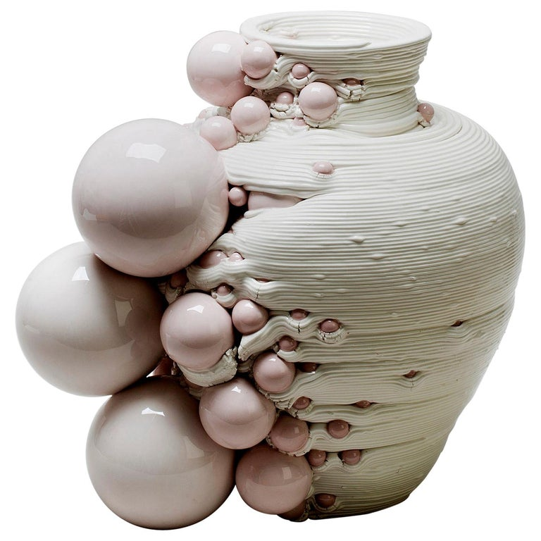 White 3D Printed Ceramic Sculptural Vase Italy Contemporary, 21st Century For Sale