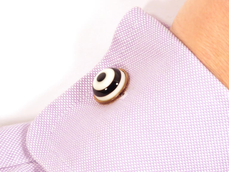 Contemporary White Agate Onyx 9 Karat Gold Cufflinks Handcrafted in Italy by Botta Gioielli For Sale