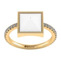 White Agate Pyramid White Diamonds 18 Karat Yellow Gold Ring