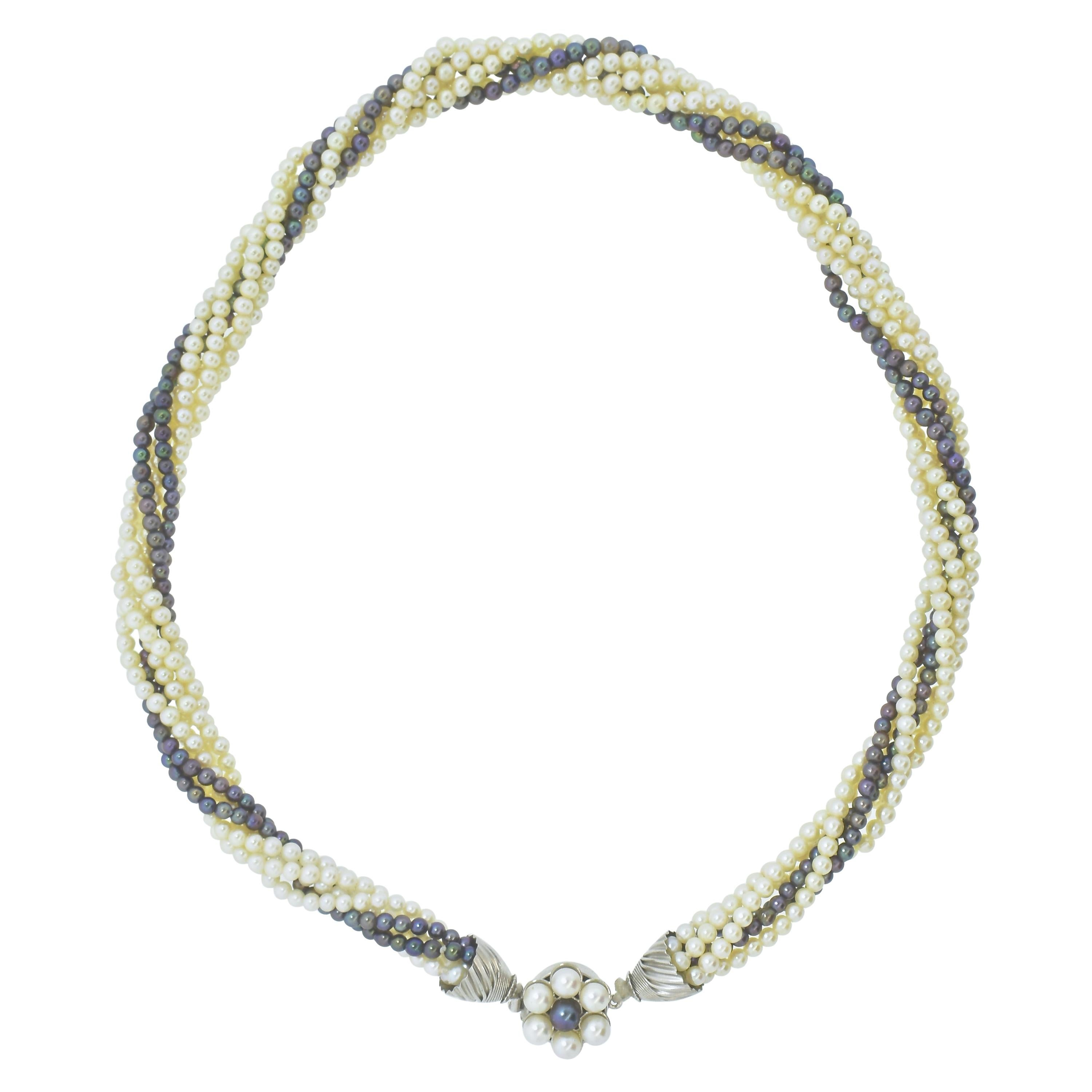 White and Black Pearl and White Gold Necklace