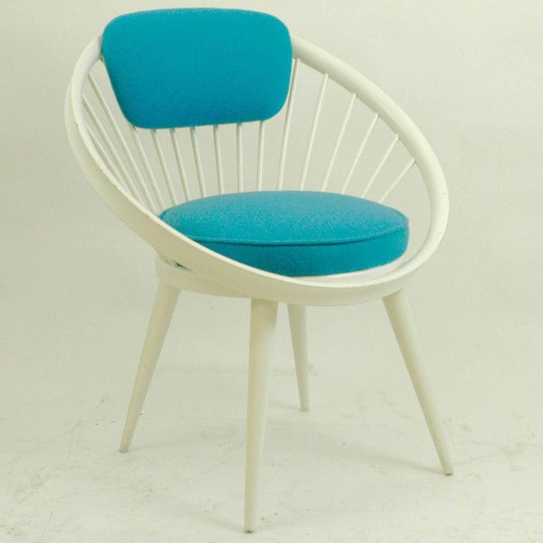 Outstanding White And Blue Scandinavian Modern Circle Chair By Yngve Theyellowbook Wood Chair Design Ideas Theyellowbookinfo