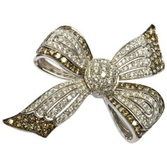 White and Champage Diamonds Gold Bow Brooch Made in Italy