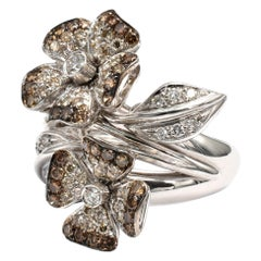White and Champagne Diamonds Flower Gold Ring Made in Italy