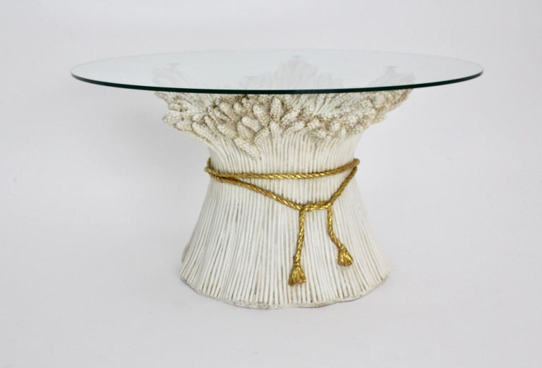 White and Gold Hollywood Regency Sheaf of Wheat Coffee Table, 1970s, Italy In Good Condition For Sale In Vienna, AT