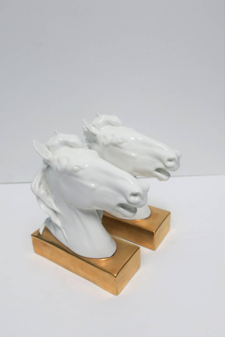 White and Gold Horse Bookends or Decorative Object Sculptures For Sale 3