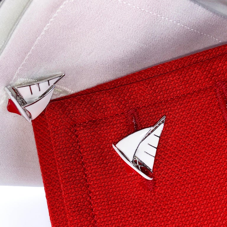 White and Red Sailing Boat Shaped Little Anchor Back Sterling Silver Cufflinks In New Condition In Valenza, IT
