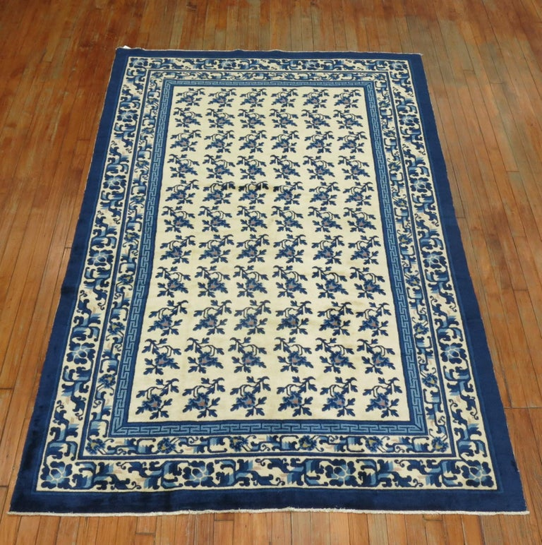 Hand-Woven White Blue Chinese Rug For Sale