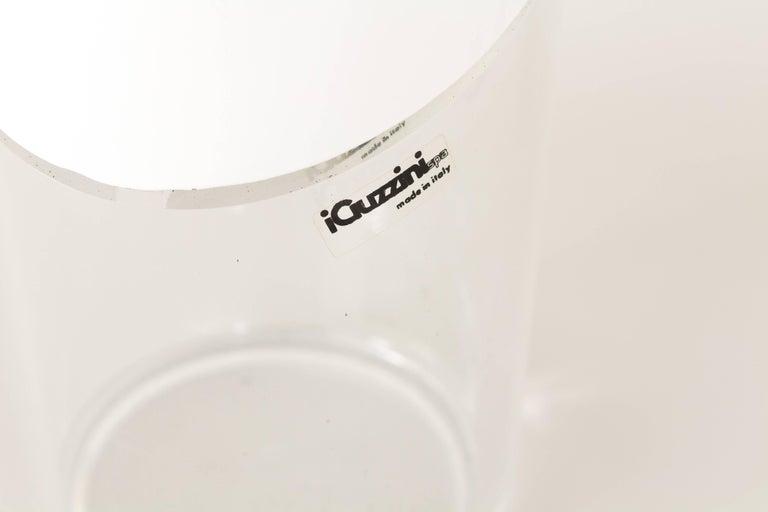 White Cirillo Table Lamp by Laura Maria Mandelli for Guzzini, 1970s In Good Condition For Sale In Rotterdam, NL