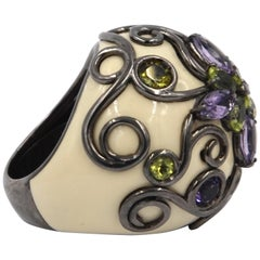 White Color Enamel Round Silver Ring with Amethyst and Peridot