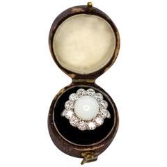 White Conch Pearl and Diamond 18 Karat White Gold Ring