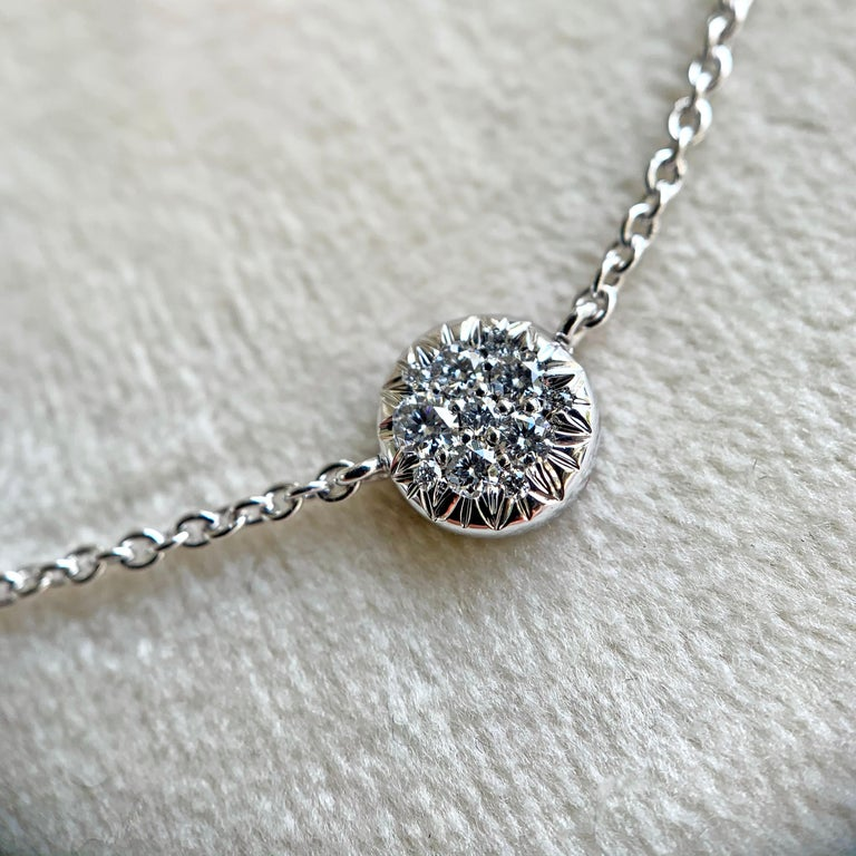 Round Cut White DEGVVS Brilliant-Cut Diamond Pendant with Necklace For Sale