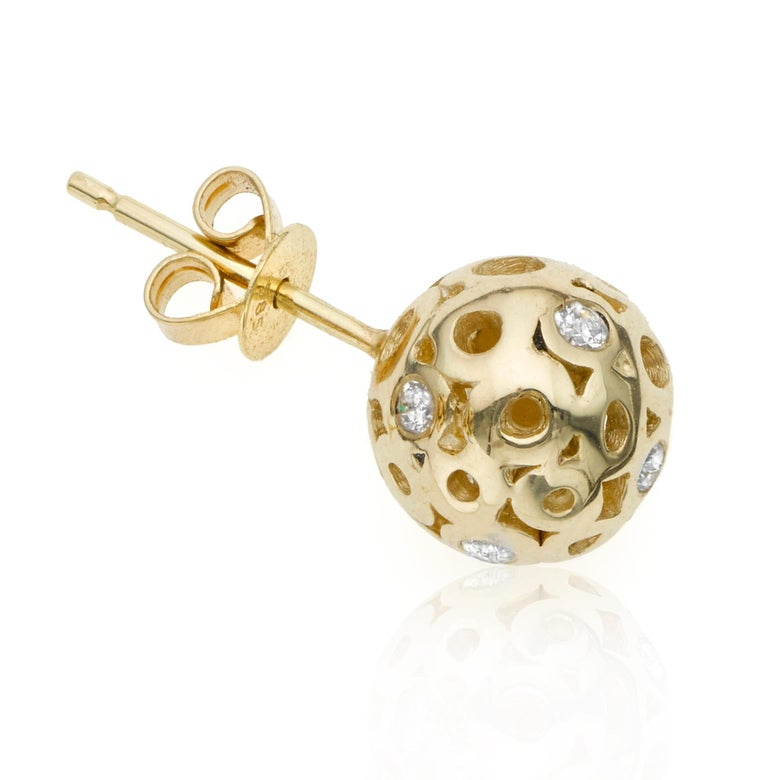 Round Cut White Diamond 0.42 Carat Sphere Round Ball Shape Stud Earring For Sale