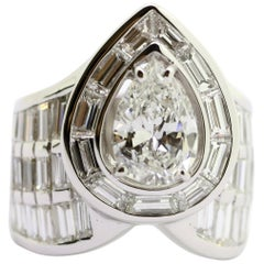 White Diamond, Baguette and Pear, Certificate 18 Karat White Gold