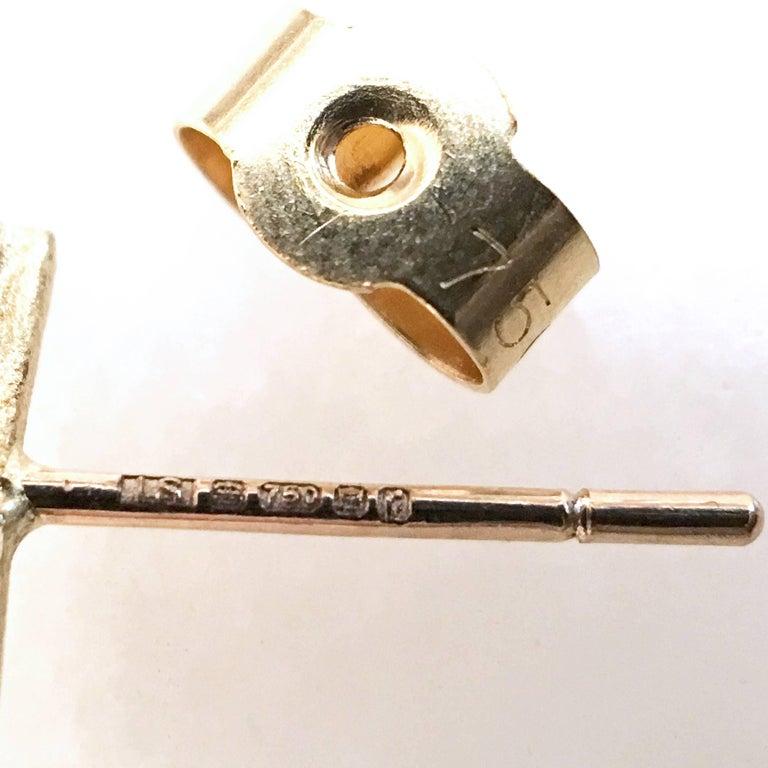 Round Cut White Diamond Blue Sapphire Satin Gold Handmade Stud Earrings For Sale