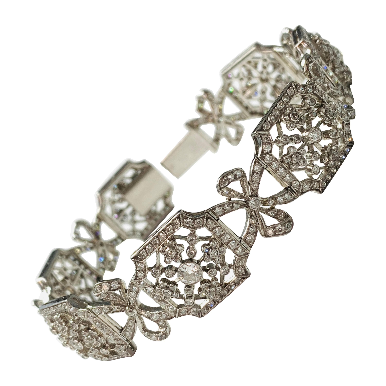 White Diamond Bracelet in Platinum