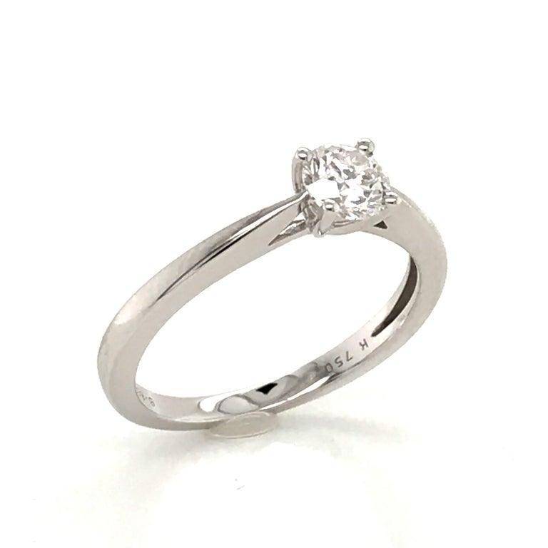 Contemporary White Diamond Certified Color F on White Gold 18 Karat Solitaire Ring For Sale