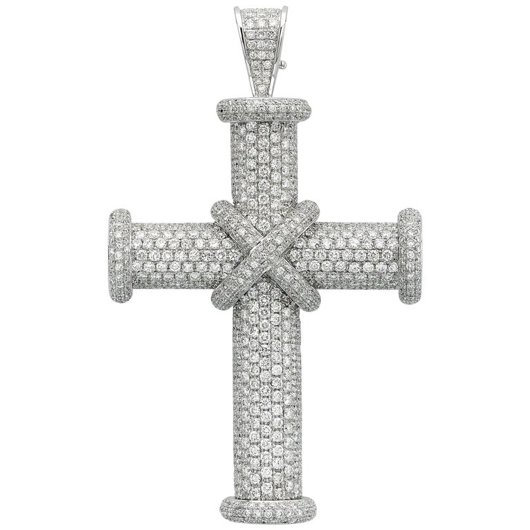 8bc0b89ad5da44 White Diamond Pave Cross Pendant For Sale at 1stdibs