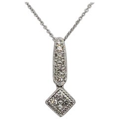 White Diamond Pendant Necklace in 18k Gold