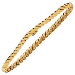 White Diamond Round Bracelet in 18 Karat Yellow Gold