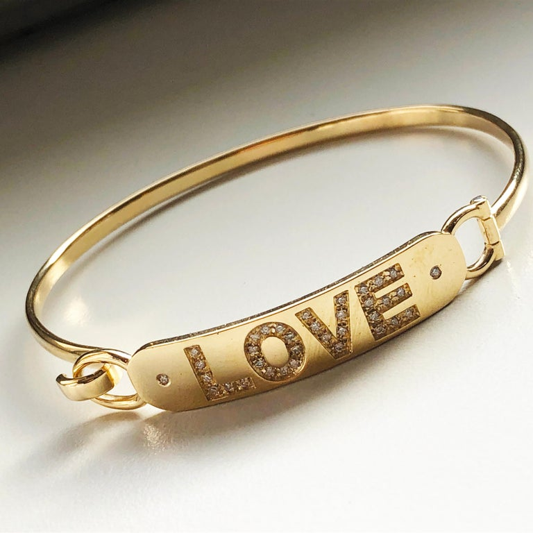 Round Cut White Diamond Yellow Gold Contemporary Love Bracelet For Sale