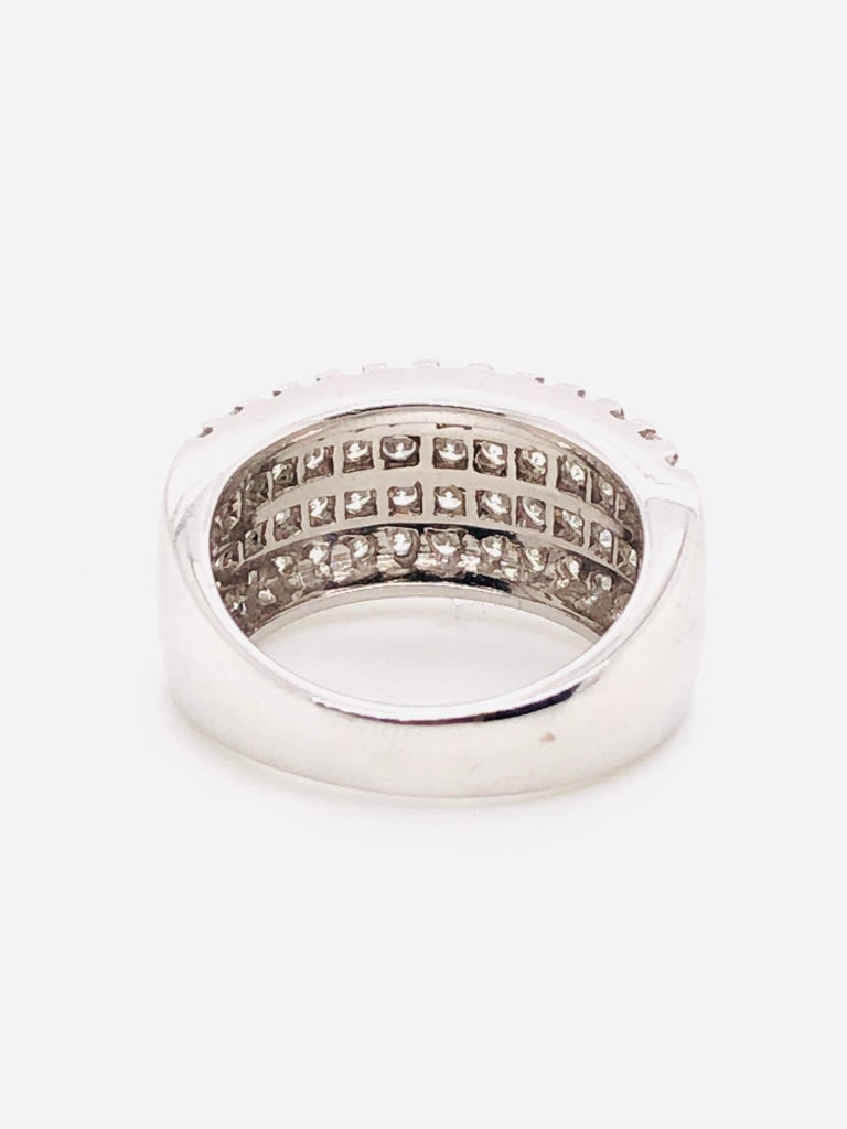 White Diamonds 1.85 Carat on White Gold Ring For Sale 5
