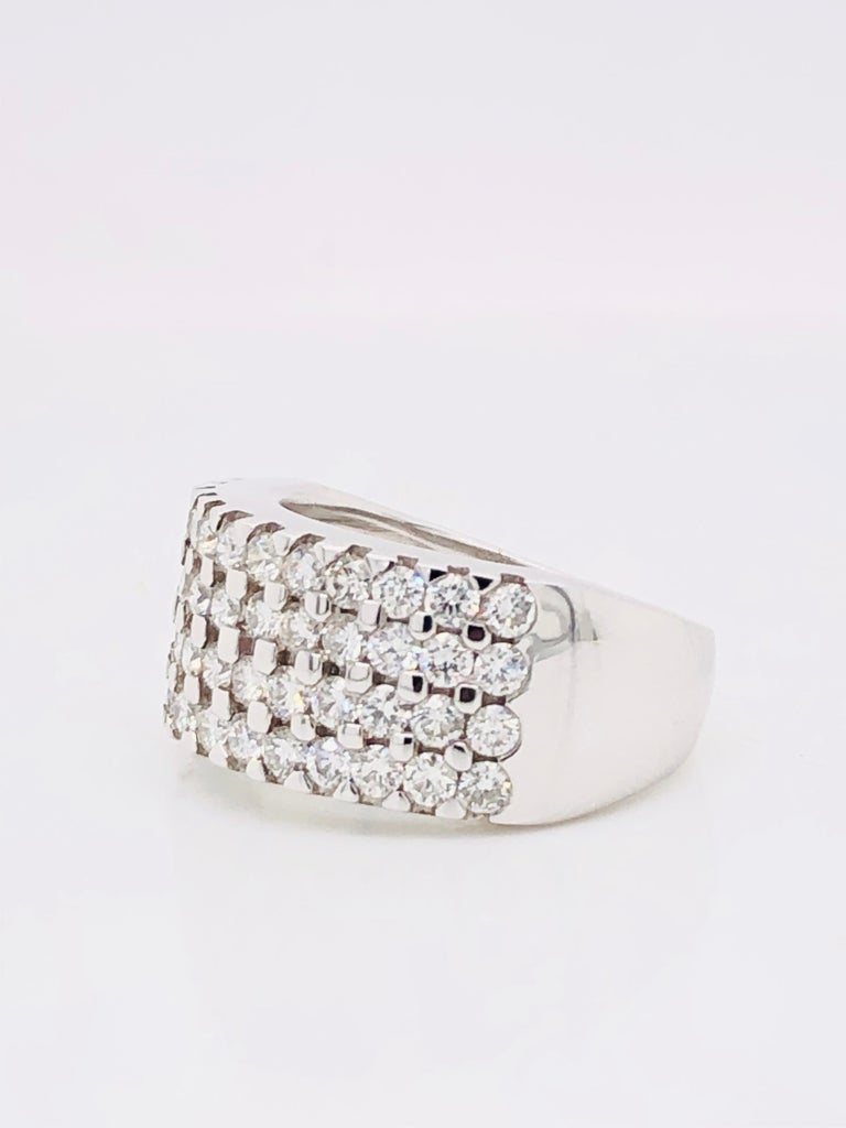 White Diamonds 1.85 Carat on White Gold Ring For Sale 6