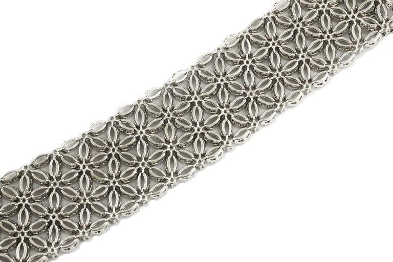 Contemporary White Diamonds Flower Theme White Gold Carpet Bracelet For Sale